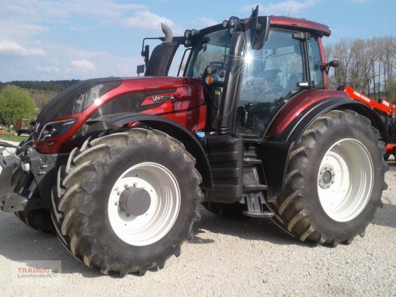 Traktor des Typs Valtra T 234 Smat-Touch, Gebrauchtmaschine in Mainburg/Wambach (Bild 5)