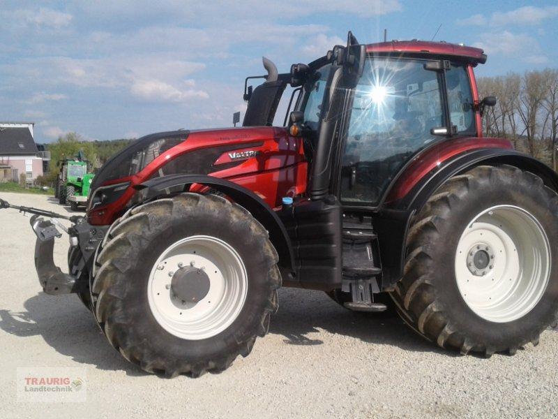 Traktor des Typs Valtra T 234 Smat-Touch, Gebrauchtmaschine in Mainburg/Wambach (Bild 7)