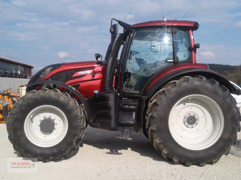 Traktor des Typs Valtra T 234 Smat-Touch, Gebrauchtmaschine in Mainburg/Wambach (Bild 2)