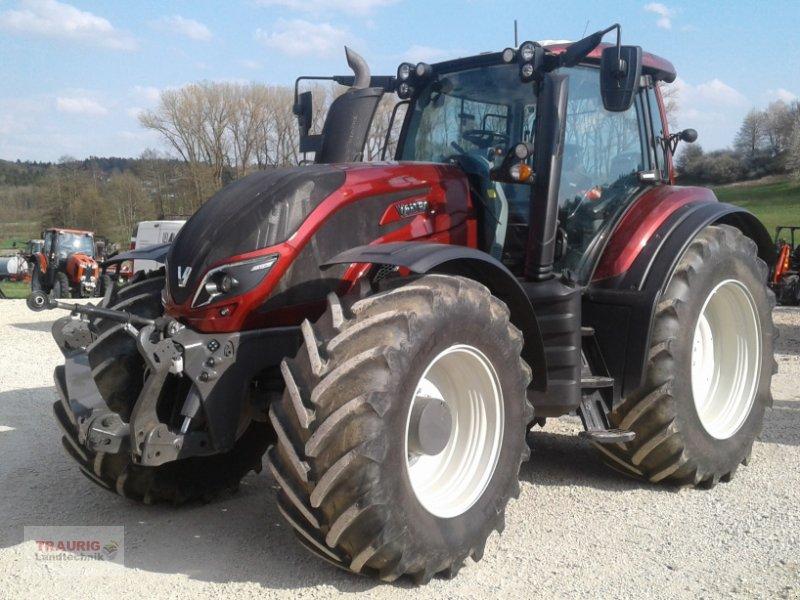 Traktor des Typs Valtra T 234 Smat-Touch, Gebrauchtmaschine in Mainburg/Wambach (Bild 4)