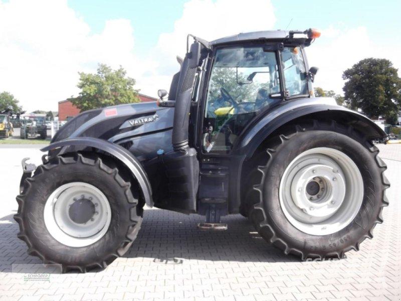 Traktor des Typs Valtra T 234 V, Gebrauchtmaschine in Twistringen (Bild 2)