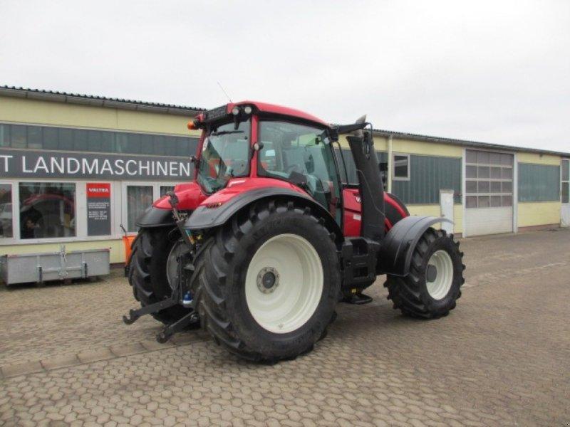 Traktor des Typs Valtra T 234 Versu, Gebrauchtmaschine in Konradsreuth (Bild 4)