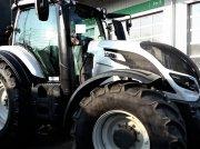 Valtra T 234 Versu Traktor