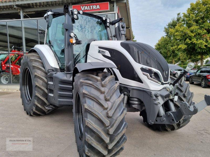 Traktor des Typs Valtra T 235 Direct, RÜFA, GPS, Unlimited, Neumaschine in Tapfheim (Bild 1)