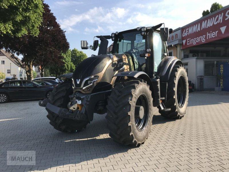 Traktor des Typs Valtra T 235 Direct (Stufe V), Neumaschine in Burgkirchen (Bild 1)