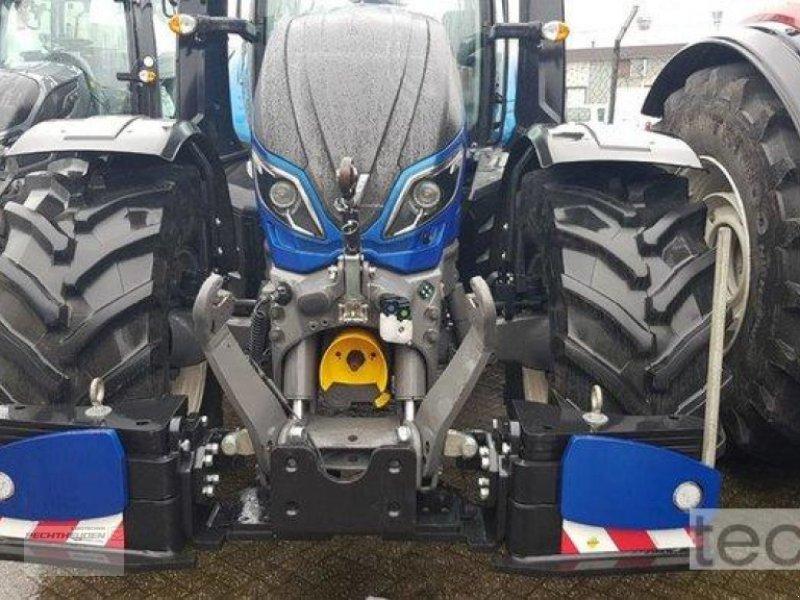 Traktor des Typs Valtra T 254 A MR19, Neumaschine in Rees (Bild 4)