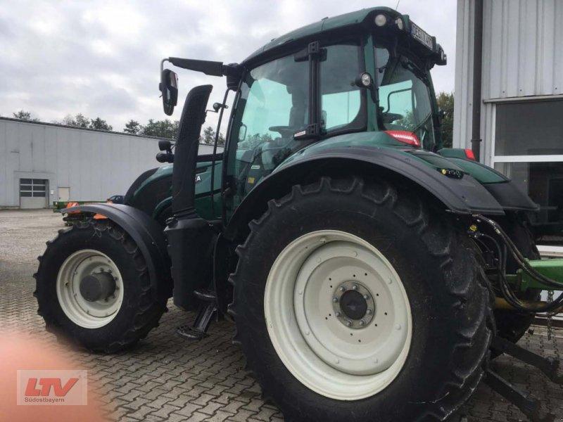 Traktor des Typs Valtra T 254 V Rüfa, Neumaschine in Eggenfelden (Bild 3)