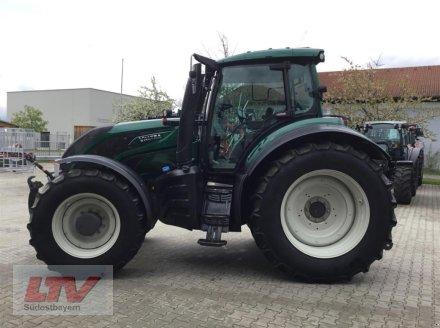 Traktor des Typs Valtra T 254 V Rüfa, Neumaschine in Eggenfelden (Bild 1)