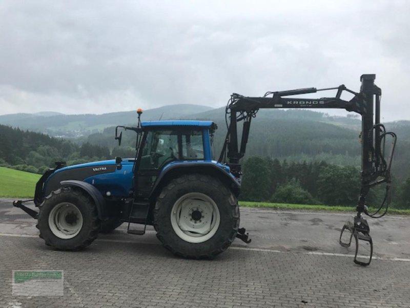 Traktor des Typs Valtra T130-4, Gebrauchtmaschine in Kirchhundem (Bild 1)