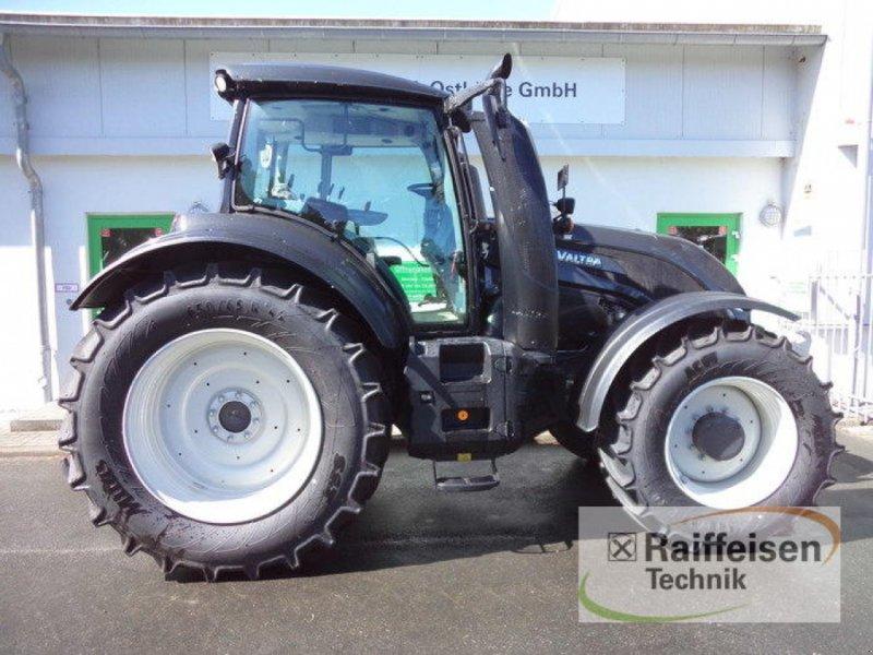 Traktor des Typs Valtra T154A MR 18, Gebrauchtmaschine in Eckernförde (Bild 3)