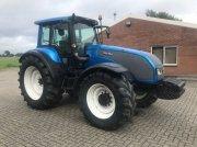 Traktor типа Valtra T160 HITECH, Gebrauchtmaschine в Lutten