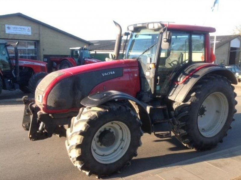 Traktor des Typs Valtra T171, Gebrauchtmaschine in Ringe (Bild 2)