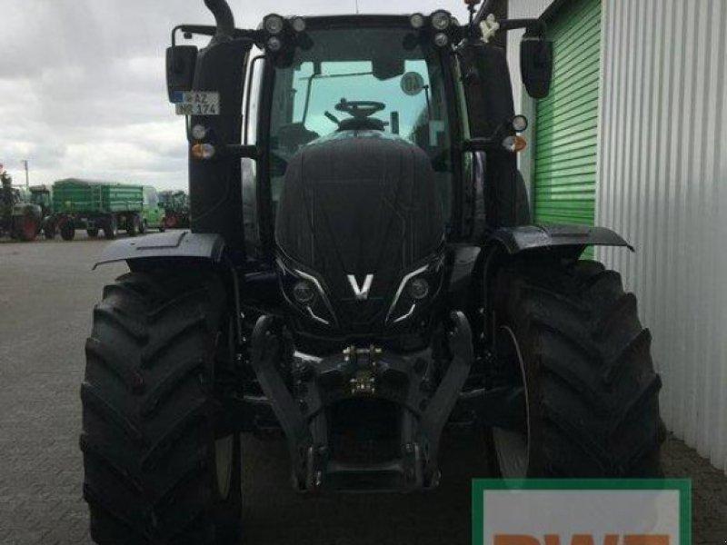 Traktor des Typs Valtra T174 EV Smart Touch, Gebrauchtmaschine in Saulheim (Bild 3)