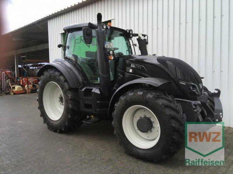 Traktor des Typs Valtra T174 EV Smart Touch, Gebrauchtmaschine in Saulheim (Bild 1)