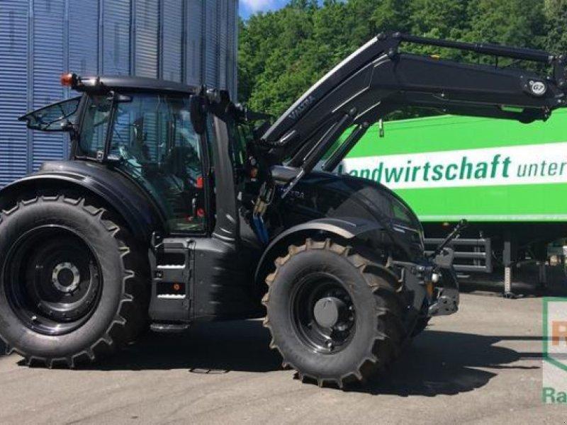 Traktor des Typs Valtra T174e D, Gebrauchtmaschine in Zweibrücken (Bild 1)