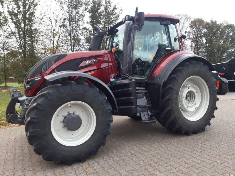 Traktor typu Valtra T174e Versu (T 174), SmartTouch, inkl. GPS-Vorbereitung, Gebrauchtmaschine w Bocholt (Zdjęcie 1)