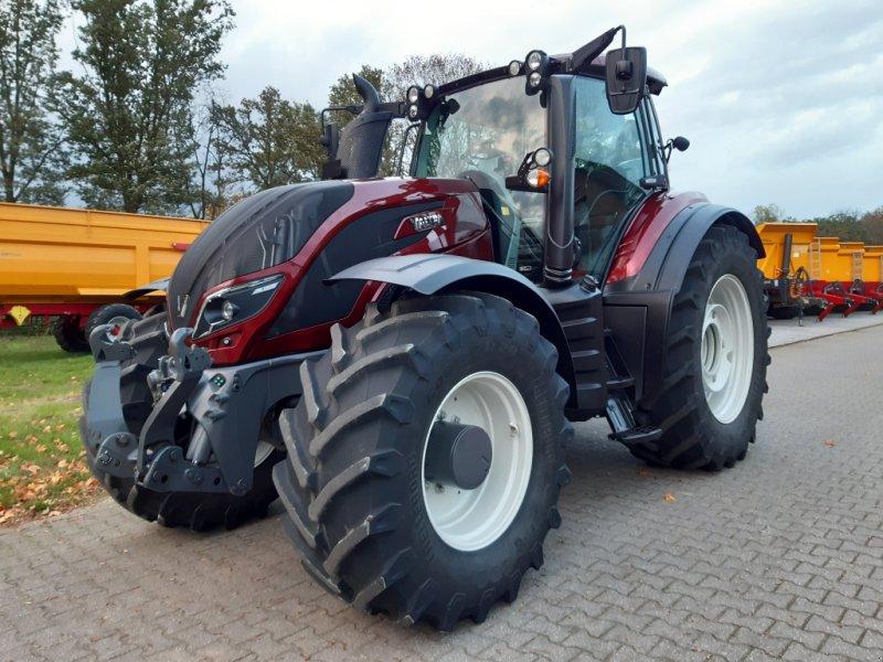 Traktor des Typs Valtra T174e Versu (T 174), SmartTouch, inkl. GPS-Vorbereitung, Gebrauchtmaschine in Bocholt (Bild 2)