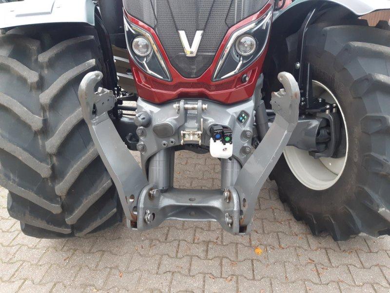 Traktor des Typs Valtra T174e Versu (T 174), SmartTouch, inkl. GPS-Vorbereitung, Gebrauchtmaschine in Bocholt (Bild 3)