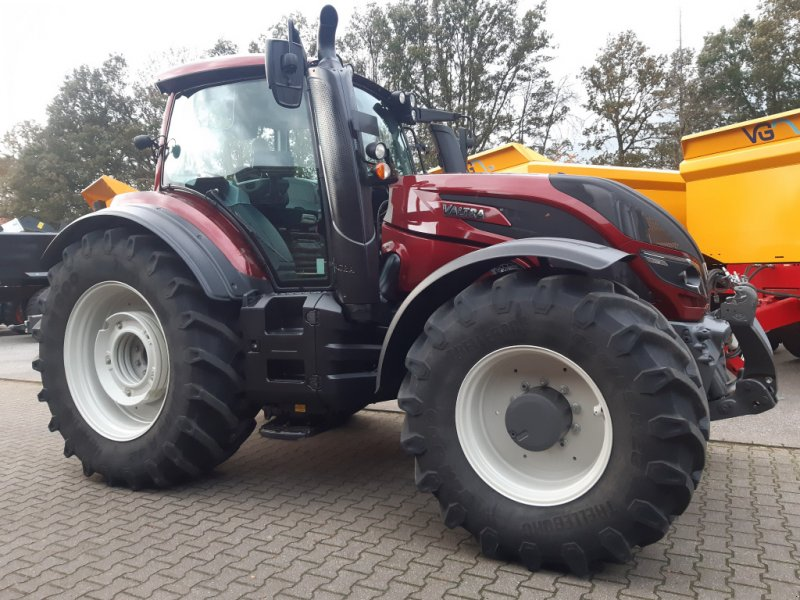 Traktor des Typs Valtra T174e Versu (T 174), SmartTouch, inkl. GPS-Vorbereitung, Gebrauchtmaschine in Bocholt (Bild 4)