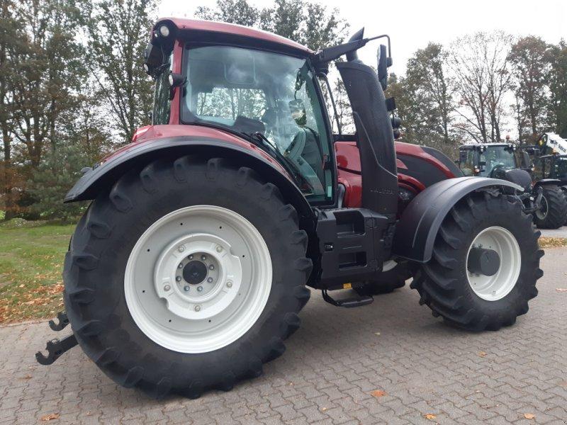 Traktor des Typs Valtra T174e Versu (T 174), SmartTouch, inkl. GPS-Vorbereitung, Gebrauchtmaschine in Bocholt (Bild 5)