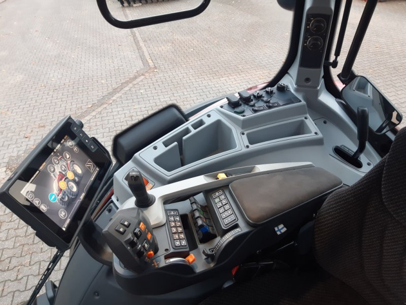Traktor des Typs Valtra T174e Versu (T 174), SmartTouch, inkl. GPS-Vorbereitung, Gebrauchtmaschine in Bocholt (Bild 11)