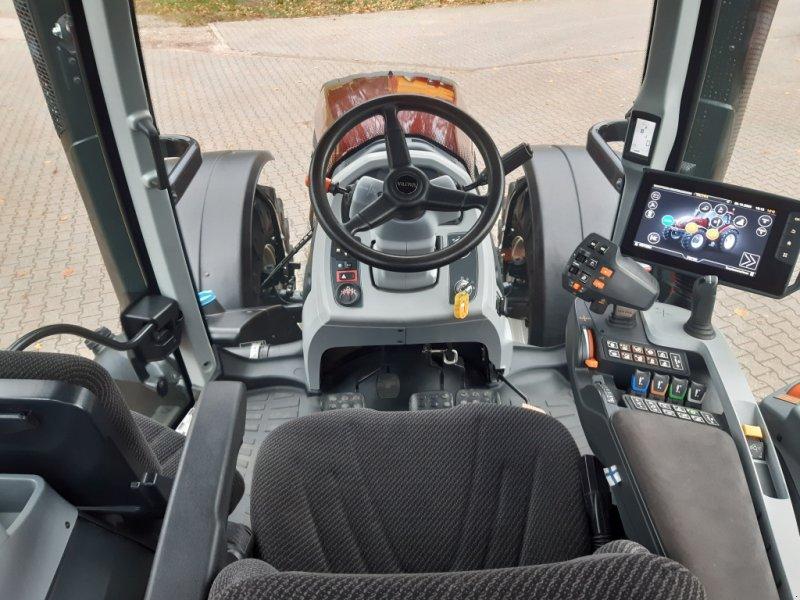 Traktor des Typs Valtra T174e Versu (T 174), SmartTouch, inkl. GPS-Vorbereitung, Gebrauchtmaschine in Bocholt (Bild 12)
