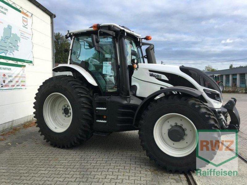 Traktor des Typs Valtra T174eD, Neumaschine in Friedberg (Bild 2)
