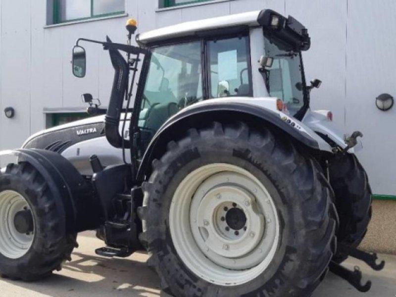 Traktor типа Valtra t202 direct, Gebrauchtmaschine в VITRY EN ARTOIS (Фотография 1)