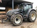 Traktor типа Valtra T202 в Sittensen