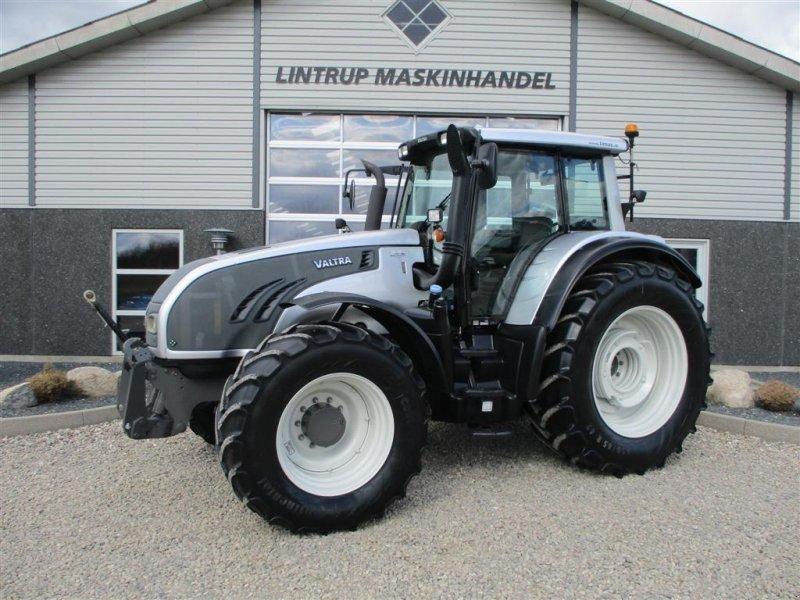 Traktor des Typs Valtra T203 Direct Med frontlift på, Gebrauchtmaschine in Lintrup (Bild 1)