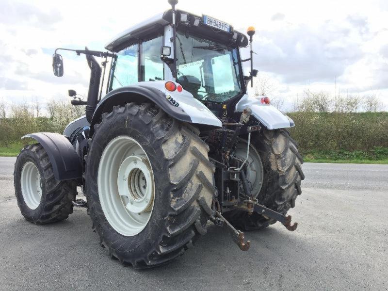 Traktor des Typs Valtra T203, Gebrauchtmaschine in Saint suplice le ver (Bild 3)
