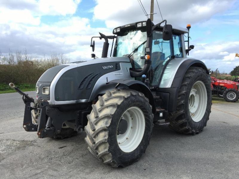 Traktor des Typs Valtra T203, Gebrauchtmaschine in Saint suplice le ver (Bild 1)