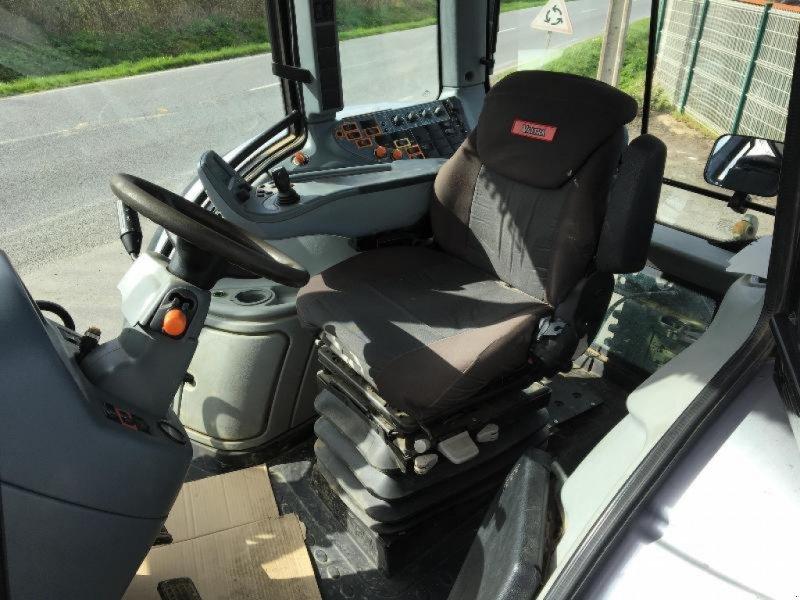 Traktor des Typs Valtra T203, Gebrauchtmaschine in Saint suplice le ver (Bild 7)