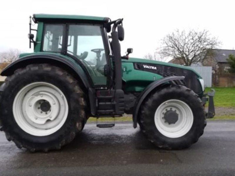 Traktor des Typs Valtra T203D, Gebrauchtmaschine in PASSAIS LA CONCEPTIO (Bild 1)