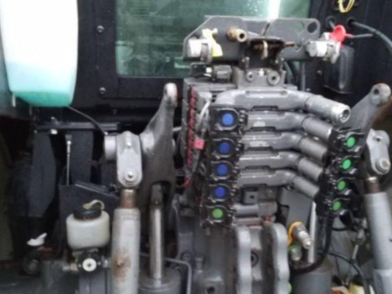 Traktor des Typs Valtra T203D, Gebrauchtmaschine in PASSAIS LA CONCEPTIO (Bild 7)