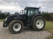 Valtra T213 Versu Black Edetion - Frontlift Traktor