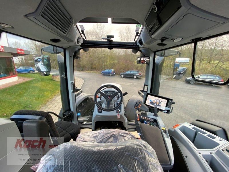 Traktor a típus Valtra T214 D SmartTouch, Gebrauchtmaschine ekkor: Neumarkt / Pölling (Kép 7)