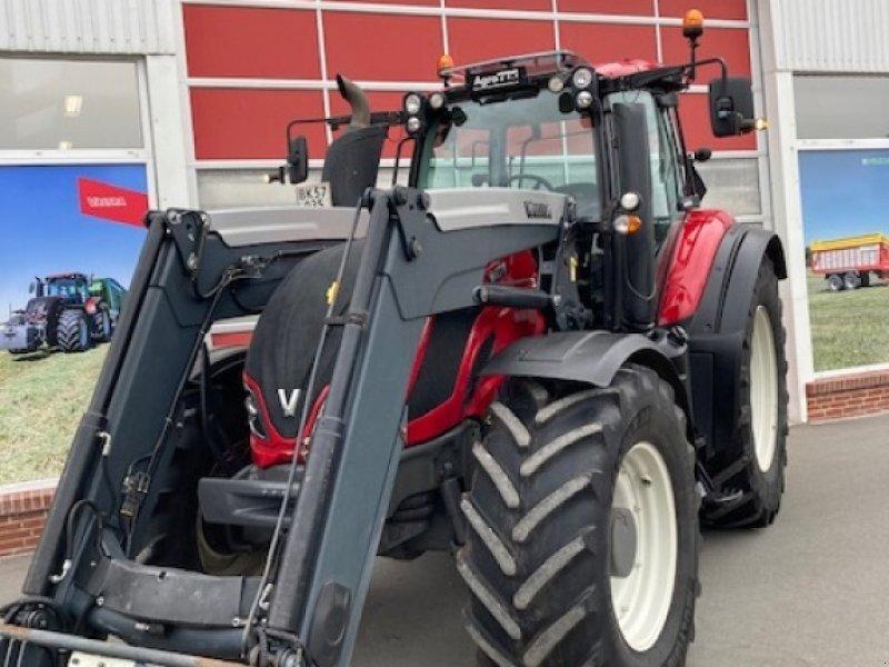 Traktor des Typs Valtra T214 Direct Q 76 Læsser, Gebrauchtmaschine in Hobro (Bild 2)