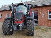 Traktor типа Valtra T214 Versu SmartTouch, Gebrauchtmaschine в Egtved