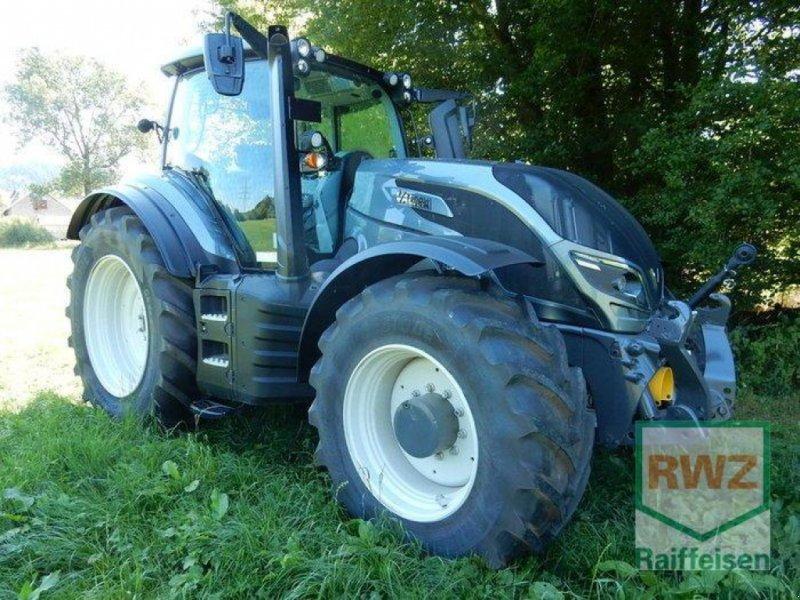 Traktor типа Valtra T214 Versu SmartTouch, Gebrauchtmaschine в Prüm (Фотография 5)