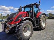 Traktor typu Valtra T214 VERSU, Gebrauchtmaschine w CORZE