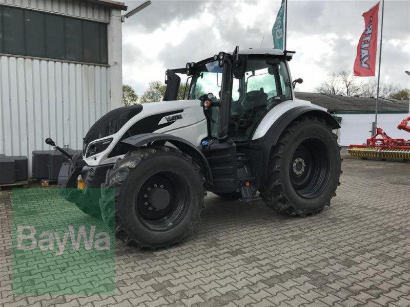 Traktor typu Valtra T214A MR19 VALTRA VORFÜHR 2019, Gebrauchtmaschine v Blaufelden (Obrázok 1)