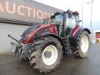 Traktor типа Valtra T214D в Leende