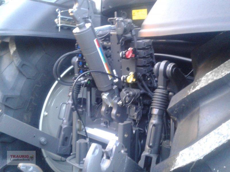 Traktor des Typs Valtra T234 mit Frontlader, Neumaschine in Mainburg/Wambach (Bild 5)