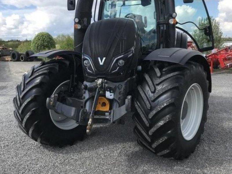 Traktor des Typs Valtra T234, Gebrauchtmaschine in Mosbach (Bild 1)