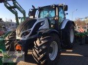 Traktor типа Valtra T234A, Gebrauchtmaschine в Waldenburg