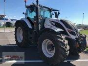 Traktor des Typs Valtra T234D aus geplatzter Finanzierung, Gebrauchtmaschine in Mainburg/Wambach