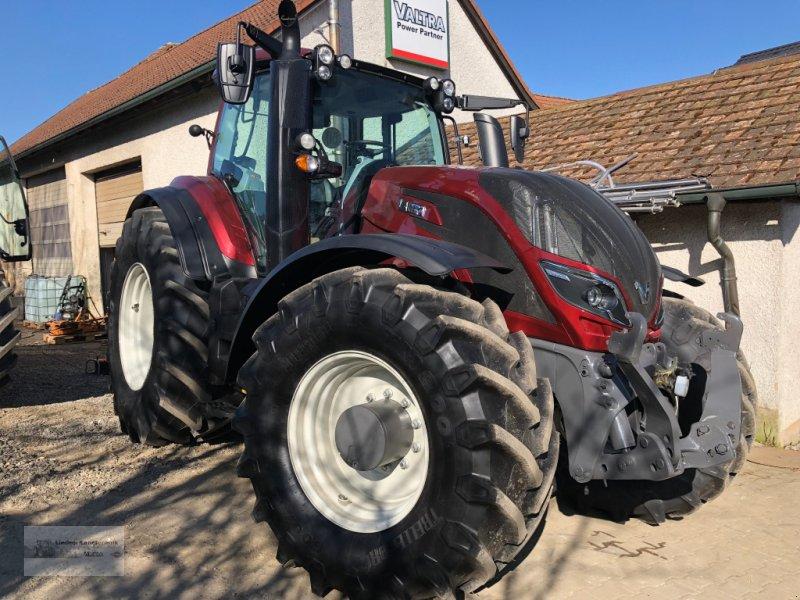 Traktor des Typs Valtra T234D Smart Touch, Gebrauchtmaschine in Weiden/Theisseil (Bild 1)