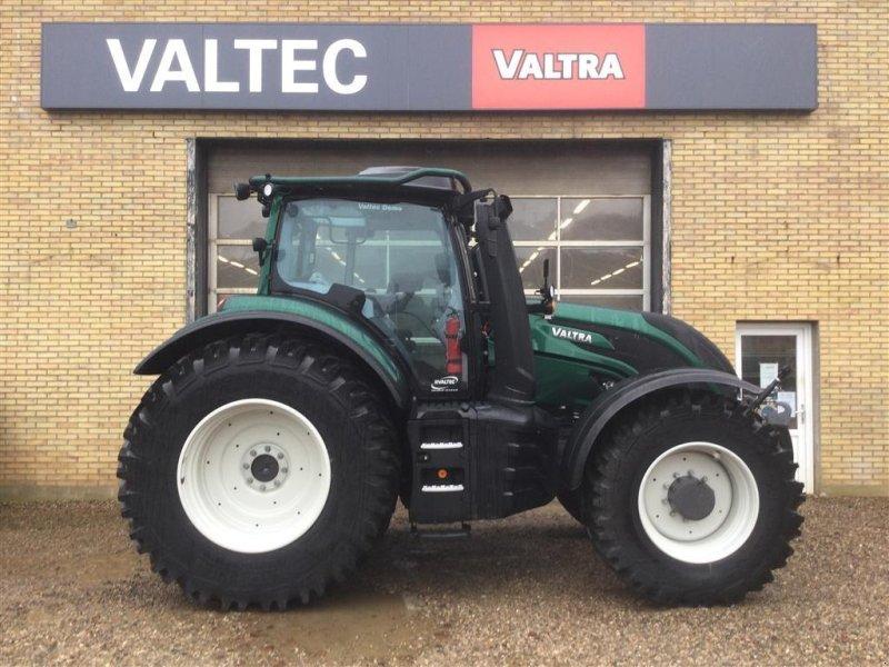 Traktor a típus Valtra T234D SmartTouch skovudstyr, Gebrauchtmaschine ekkor: Egtved (Kép 1)