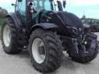 Traktor des Typs Valtra T234V in Gundersheim